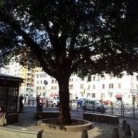 Foto scattata a Piazza dell'Alberone da ♡ Giapponesca ♥ il 2/21/2013