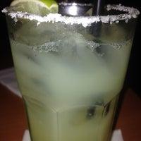 Foto tomada en Fridas Mexican Grill por Tristan F. el 12/27/2013
