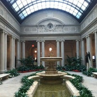 Foto scattata a The Frick Collection da Dave H. il 3/2/2013