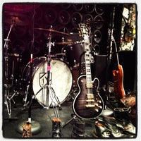 Photo taken at John Varvatos Bowery NYC by Linz S. on 12/16/2012