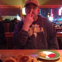 Photo taken at Applebee's Neighborhood Grill & Bar by John C. on 1/7/2014
