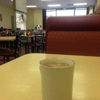 Photo prise au CJ's cafe par that girl le11/27/2012