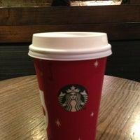 Photo prise au Starbucks par Fafinette J. le12/14/2012
