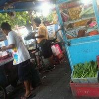 Photo taken at Pasar Agung Desa Adat Peninjoan by ida bagus s. on 2/9/2013