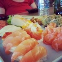 Foto tirada no(a) Musashi Culinária Japonesa por Caio D. em 3/12/2013
