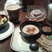 Photo taken at Corner Bakery Cafe by Wendy on 4/8/2013