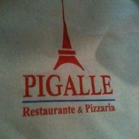 Photo taken at Pigalle Restaurante e Pizzaria by Venicio M. on 6/1/2013