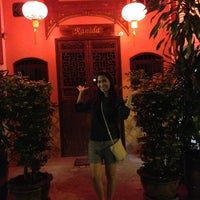 Photo taken at ถ. ถลาง by Sriwisa I. on 9/9/2013