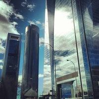 Foto tomada en Hotel Eurostars Madrid Tower por Bulat G. el 2/13/2013