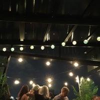7/21/2017にMax H.がTiki Tabuで撮った写真