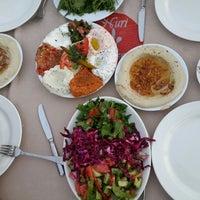 7/17/2013 tarihinde £@+¡#ziyaretçi tarafından Kuzeytepe Nuri Restaurant'de çekilen fotoğraf