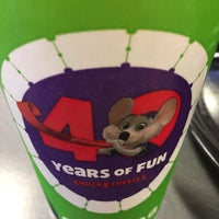 Photo taken at Chuck E. Cheese's by Dennis C. on 10/20/2017