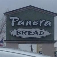 รูปภาพถ่ายที่ Panera Bread โดย Kristen D. เมื่อ 3/19/2013