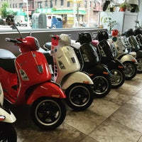 Photo taken at Vespa Queens by Bonnie C. on 7/18/2015