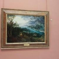 Снимок сделан в Timken Museum of Art пользователем G S. 10/28/2013