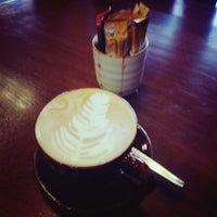 Photo taken at Wawee Coffee by Kwanruen B. on 7/10/2013