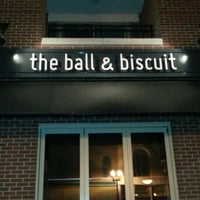 Photo taken at Ball & Biscuit by Edgar F. on 1/19/2013