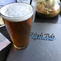 Photo taken at High Tide Seafood Bar & Grill by Francisco S. on 11/10/2017