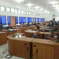 Photo taken at Lembaga Penjaminan Mutu Pendidikan (LPMP) Provinsi Kalimantan Tengah by Ardian M. on 5/13/2013