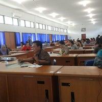 Photo taken at Lembaga Penjaminan Mutu Pendidikan (LPMP) Provinsi Kalimantan Tengah by Ardian M. on 3/4/2014