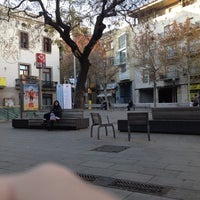 Foto tomada en Plaça d'Orfila por Daph C. el 12/23/2012