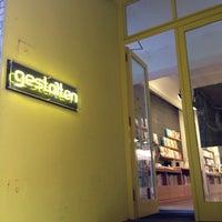 10/17/2013 tarihinde Melenie Y.ziyaretçi tarafından Gestalten Space'de çekilen fotoğraf