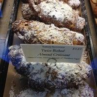 Foto scattata a Bakery Nouveau da Melenie Y. il 7/18/2013