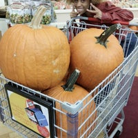 Photo taken at Mars Super Market by Charles 🚛🍞♏ on 10/25/2014