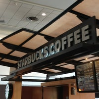 Foto diambil di Starbucks oleh Ricardo C. pada 3/4/2013