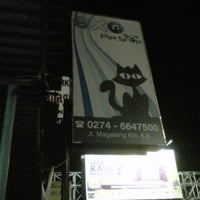 Photo taken at Exo Pet Shop by Ogeid 8. on 1/10/2013