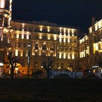 12/20/2012 tarihinde Yury G.ziyaretçi tarafından Karlovy Vary | Karlsbad'de çekilen fotoğraf