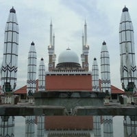 Photo taken at Masjid Agung Jawa Tengah (MAJT) by Koen E. on 2/3/2013