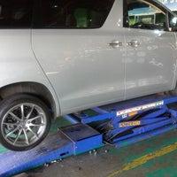 Photo taken at Tyre Plus (Michelin) by Asfarizal A. on 7/13/2013