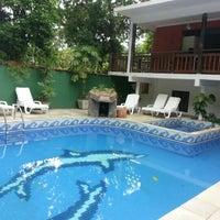 Foto tirada no(a) Vila Atlantica Inn por Leandro B. em 12/27/2012