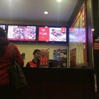 Photo taken at Pizza Hut by Khalid M. on 9/4/2015