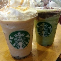 Photo taken at Starbucks by Adwin C. on 11/13/2012