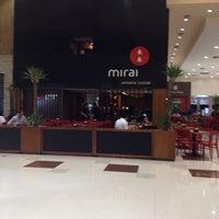 รูปภาพถ่ายที่ Mirai โดย Solange V. เมื่อ 5/22/2013
