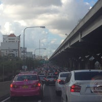 Photo taken at Sutthisan Intersection by YoNgYeE on 4/30/2013