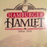 Photo taken at Hamburger Hamlet by Joe S. on 12/28/2012