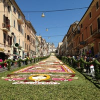 Photo taken at Infiorata by Rosangela L. on 6/16/2013