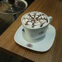 4/18/2013 tarihinde Ege Batuhan T.ziyaretçi tarafından Coffeemania'de çekilen fotoğraf