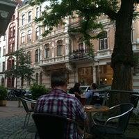 Das Foto wurde bei Cafe Lulu von Ars🌞🍀 B. am 6/8/2014 aufgenommen