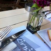 4/10/2013에 Sibel T.님이 Kirpi Cafe & Restaurant에서 찍은 사진