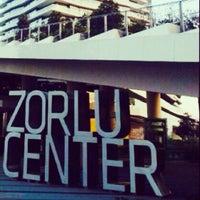 11/9/2013 tarihinde Sibel T.ziyaretçi tarafından Zorlu Center'de çekilen fotoğraf