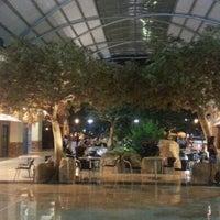 Foto tomada en Centro Comercial Cacique por Andres V. el 1/22/2013
