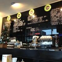 Снимок сделан в Чашка Кофе пользователем Ионас Ш. 12/11/2012