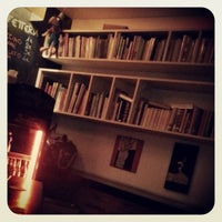 Foto scattata a Draft Book Bar da Viktor-Alfredo M. il 12/27/2013