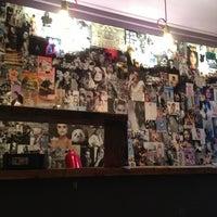 Das Foto wurde bei What do you fancy love? von Vanessa P. am 12/5/2012 aufgenommen