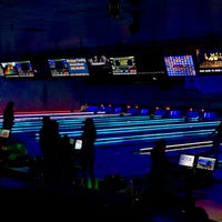 Photo taken at Zodo's Bowling & Beyond by Ron v. on 6/4/2017