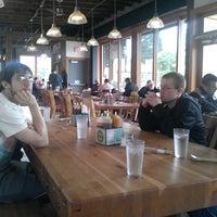 5/23/2013にSekaidah D.がPodnah's Pit BBQで撮った写真